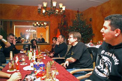Advendtsfeier mit Alkohol - Wunderbar, nur gesungen hat keiner