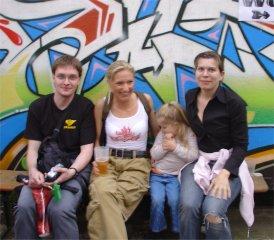 Moni und die Familie Glasplanet - Jens Karen und Sophie