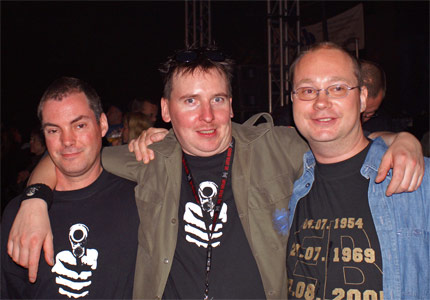 Mütze mit Chef und Klaus