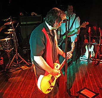 Gitarren unter Strom